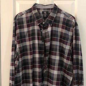 Men's casual button down dress shirt